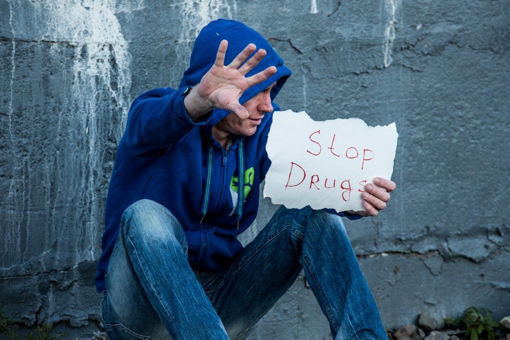 Pare: Trate a a dependência de drogas