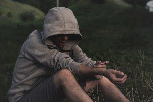 Como internar um toxicodependente